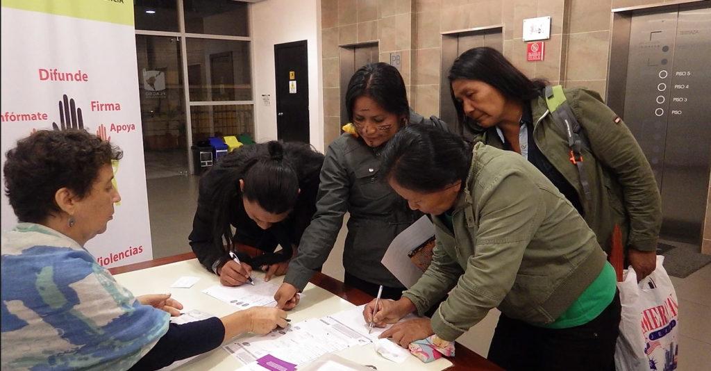 Campaña de recolección de firmas para presentar el anteproyecto de